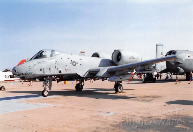 — — - Fairchild Republic A-10 Thunderbolt II
