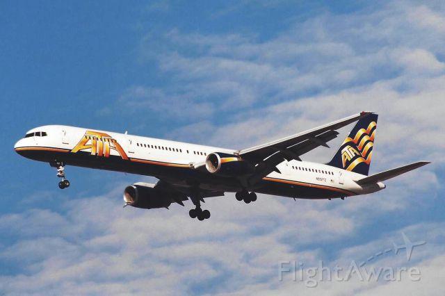BOEING 757-300 (N552TZ)