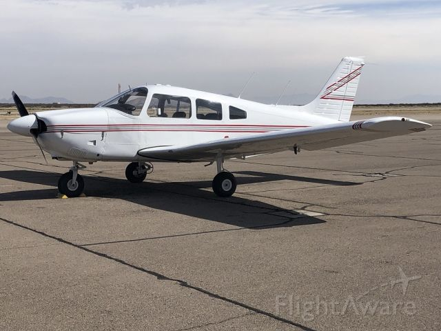 Piper Cherokee (N4585X)