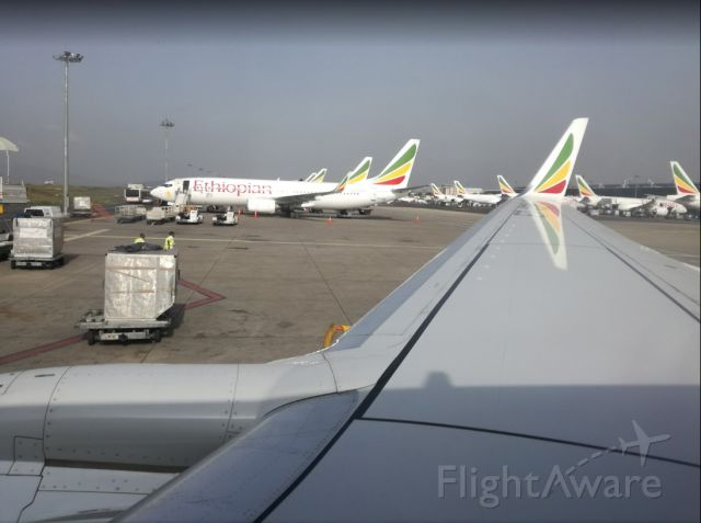 Boeing 737-800 (ET-AOA) - Leaving the capital of Addis Ababa for Mekele during a busy morning of operations for ET at their hub