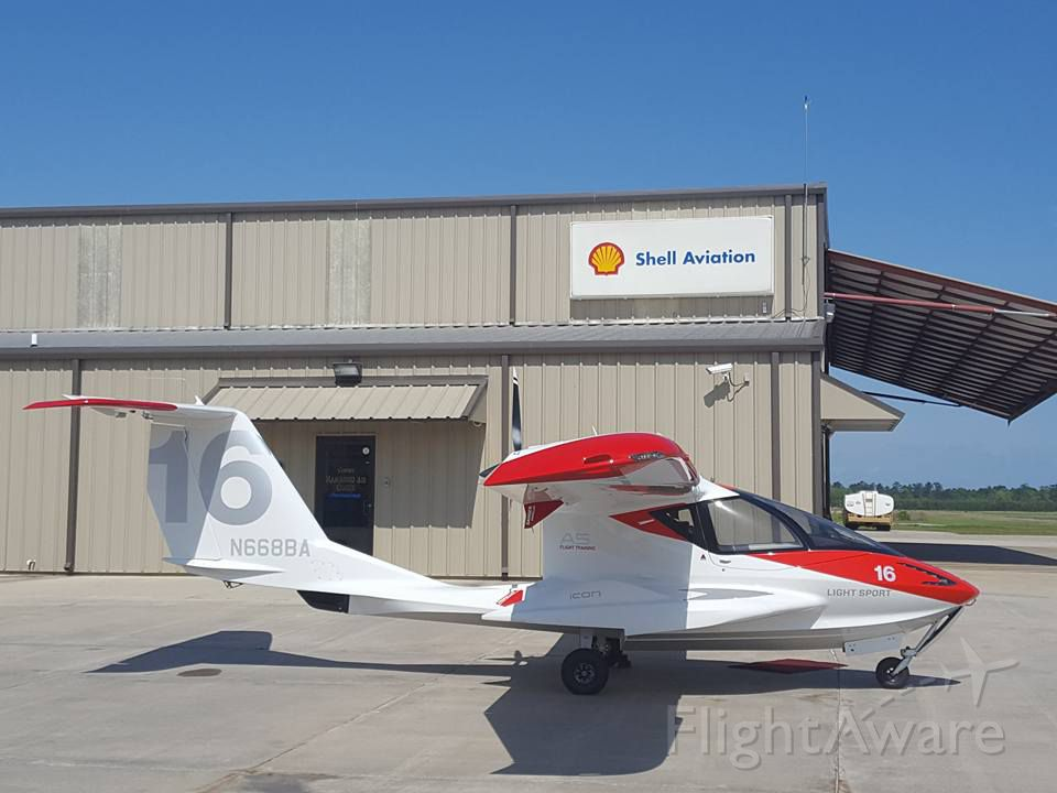 Experimental  (N668BA) - 2016 Icon Aircraft A5 at Hammond Air Center, KHDC.
