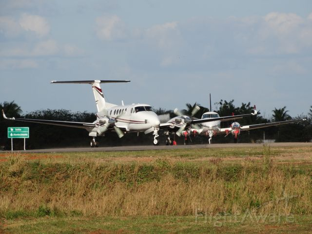 Beechcraft Super King Air 200 (PR-FRB) - Beechcraft/Raytheon Aircraft B200 King Air