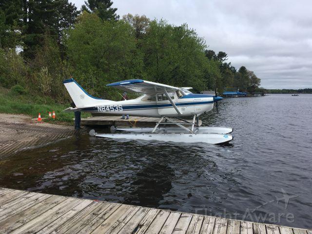 Cessna Skylane (N8453S)