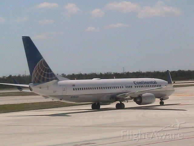 Boeing 737-800 (N78509)