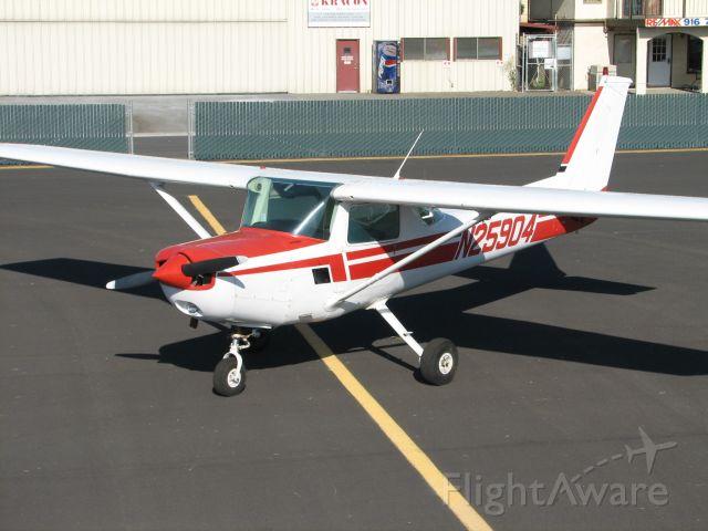 Cessna 152 (N25904)