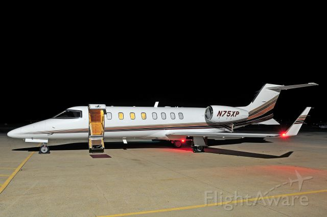 Learjet 45 (N75XP) - Seen at KFDK on 5/2/2010.      a href=http://discussions.flightaware.com/profile.php?mode=viewprofile&u=269247  [ concord977 profile ]/a