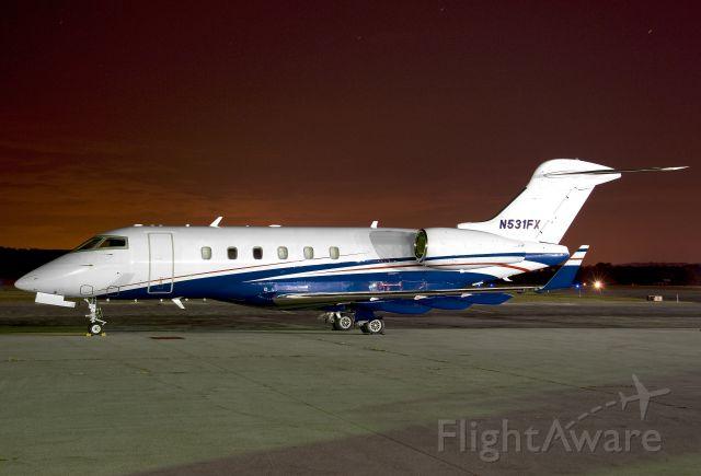 Bombardier Challenger 300 (N531FX) - N521FX  BD-100-1A10  LXJ  KFDK  20110731