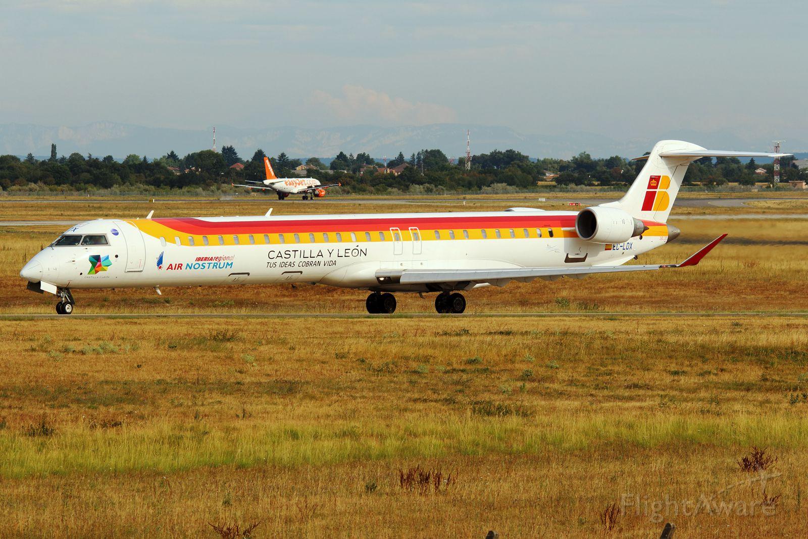 Canadair Regional Jet CRJ-100 (EC-LOX)