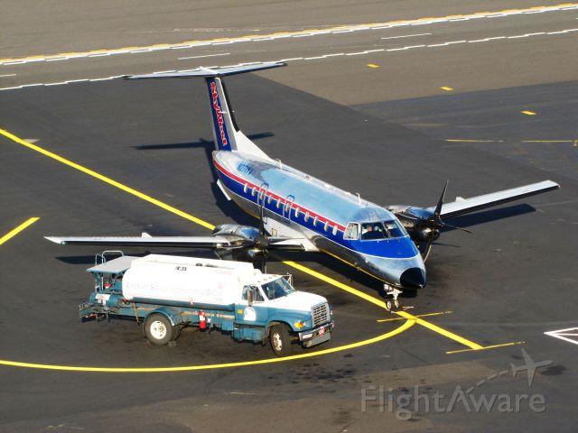 Embraer EMB-120 Brasilia (N271YV)