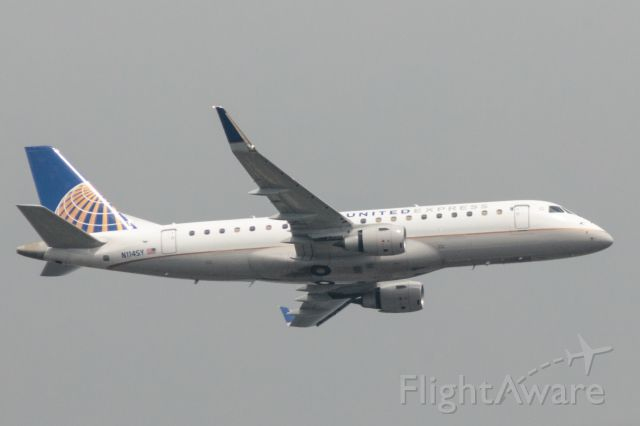 EMBRAER 175 (long wing) (N114SY) - Flying over 78757 on the way to land at Bergstrom