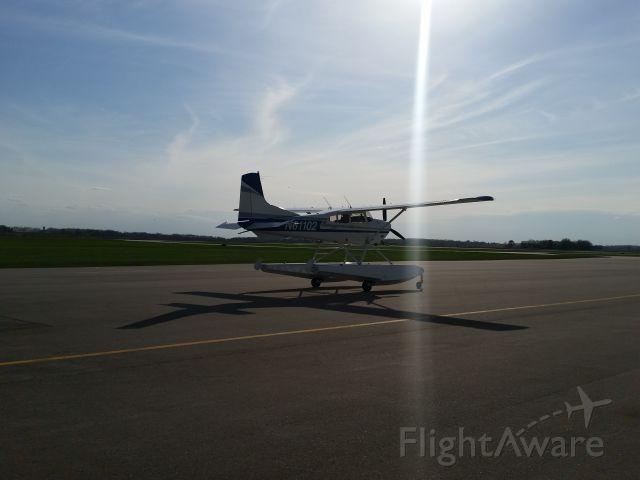Cessna Skywagon (N61102)