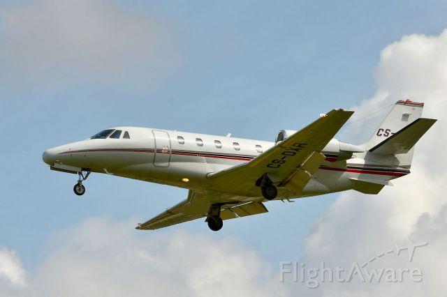 Cessna Citation V (CS-DXR) - approaching Runway 25 in Sion (Switzerland)