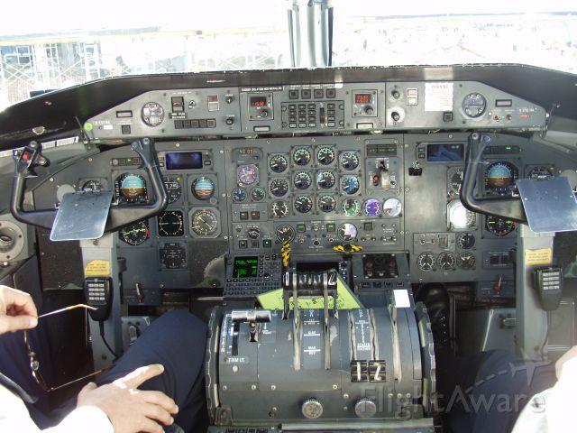 de Havilland Dash 8-100 (N942HA) - 12/8/2006
