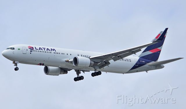 BOEING 767-300 (PT-MSY) - LATAM - PT-MSY