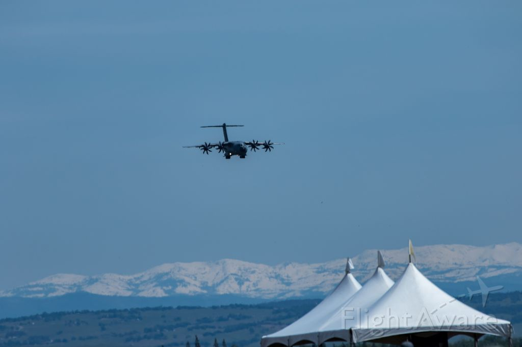 AIRBUS A-400M Atlas — - Airbus A400M landing approach at Mather airport with the Sierra Nevada mountains in the background.