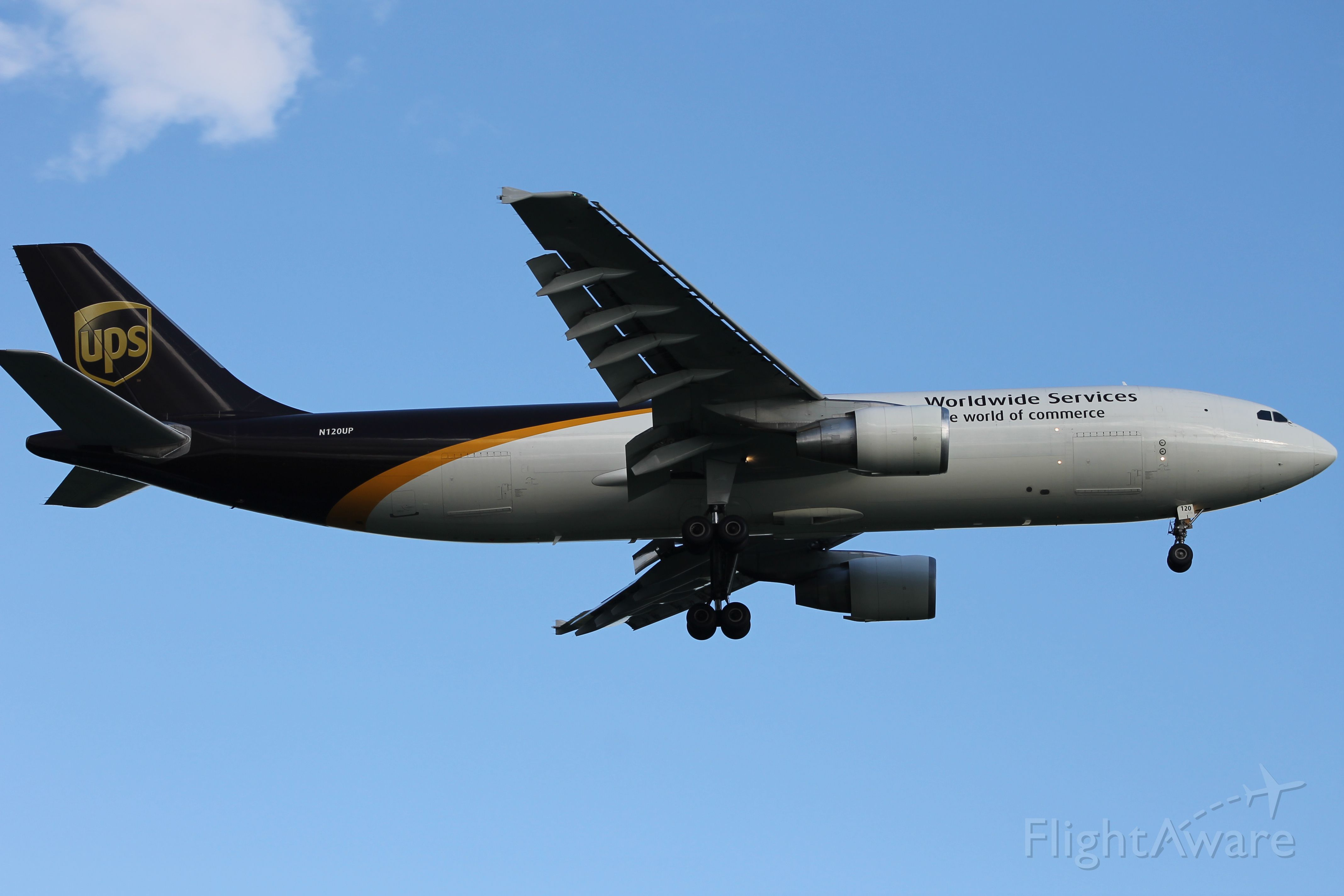 Airbus A300F4-600 (N120UP)
