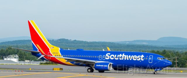 Boeing 737-800 (N8535S) - Shot with a Nikon D3200 w/ Nikkor 70-300mmbr /Best viewed in Full Size