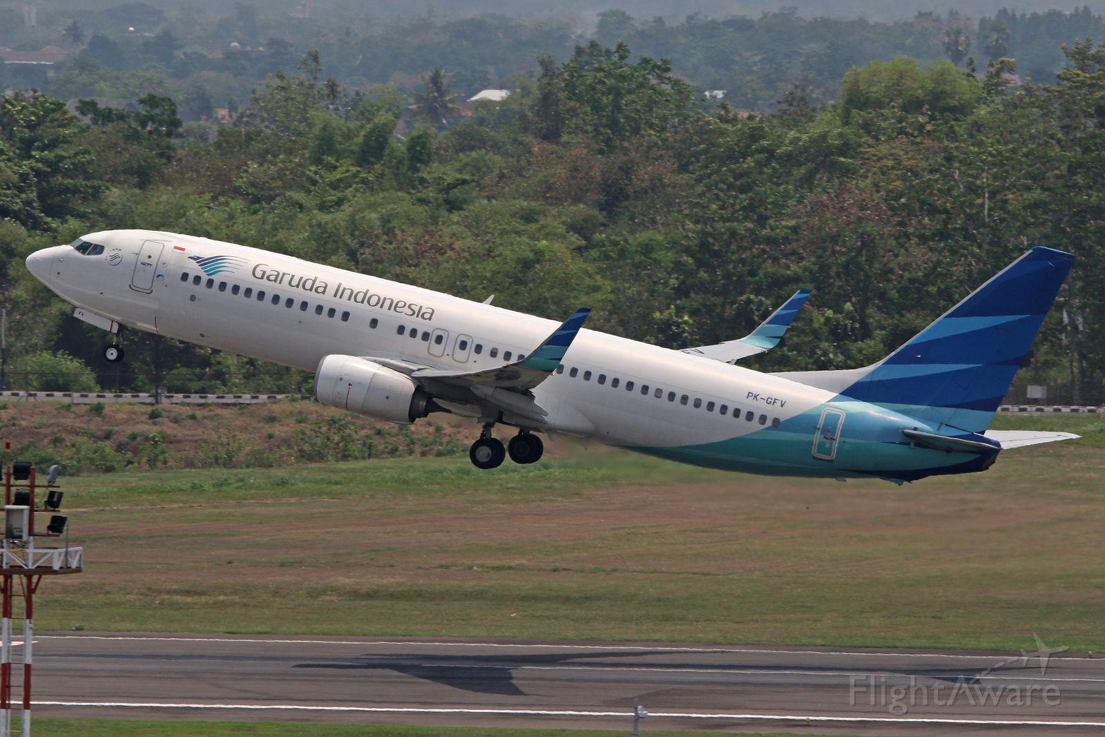 Boeing 737-700 (PK-GFV)