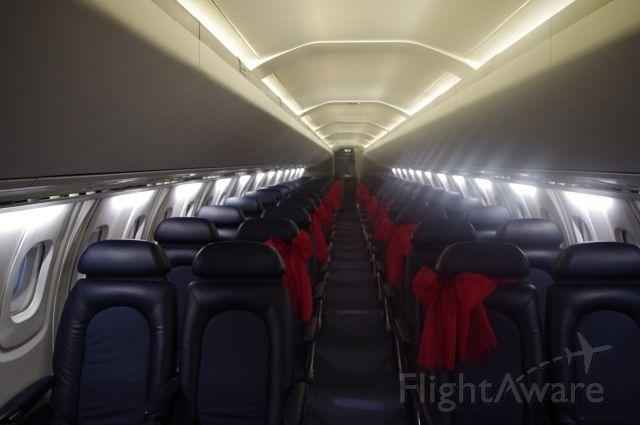 Aerospatiale Concorde (G-BOAC) - Rear Cabin Concorde G-BOAC (enonomy?)