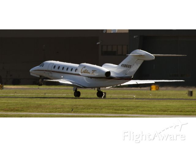 Cessna Citation X (N986QS) - The fastest business jet in the market. Powerful take off RW34.
