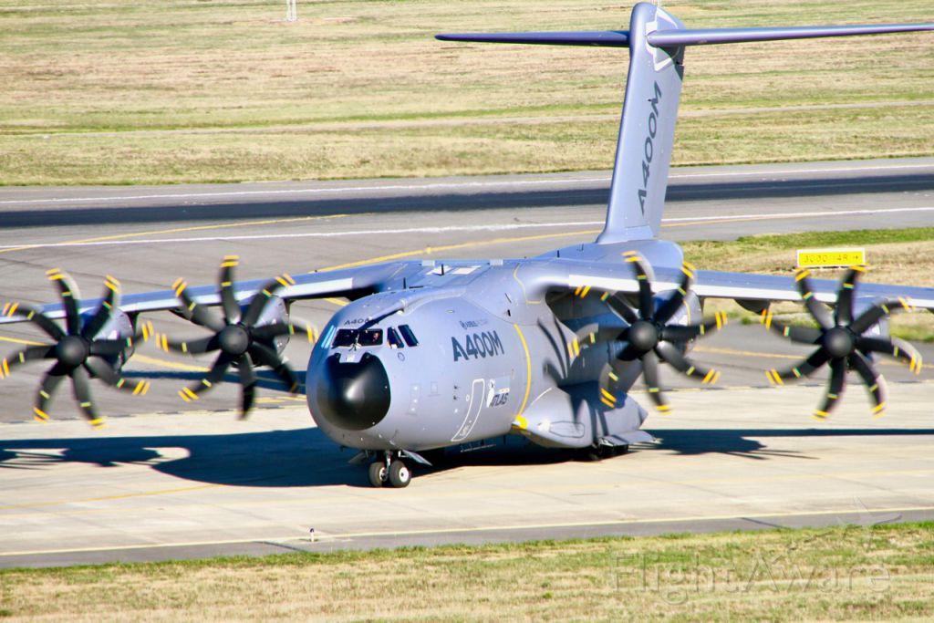 AIRBUS A-400M Atlas (F-WWMZ) - Airbus A400M-180