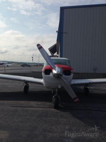 Piper PA-24 Comanche (N11MT)