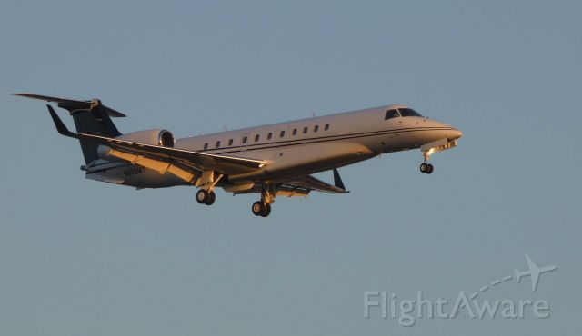 Embraer Legacy 600/650 (N909MT) - On final at Twilight time is this 2007 Embraer Legacy EMB-135BJ in the Winter of 2019.