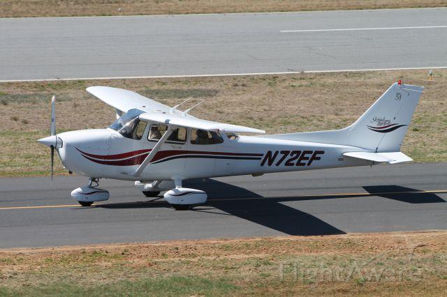 Cessna Skyhawk (N72EF)