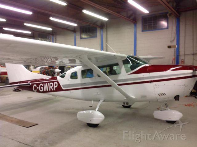 Cessna 206 Stationair (C-GWRP)