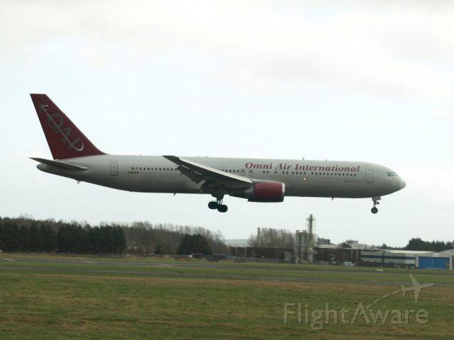 BOEING 767-300 (N396AX)