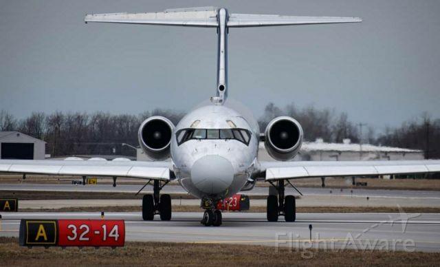McDonnell Douglas MD-83 (N801WA) - Photo Taken March 2019