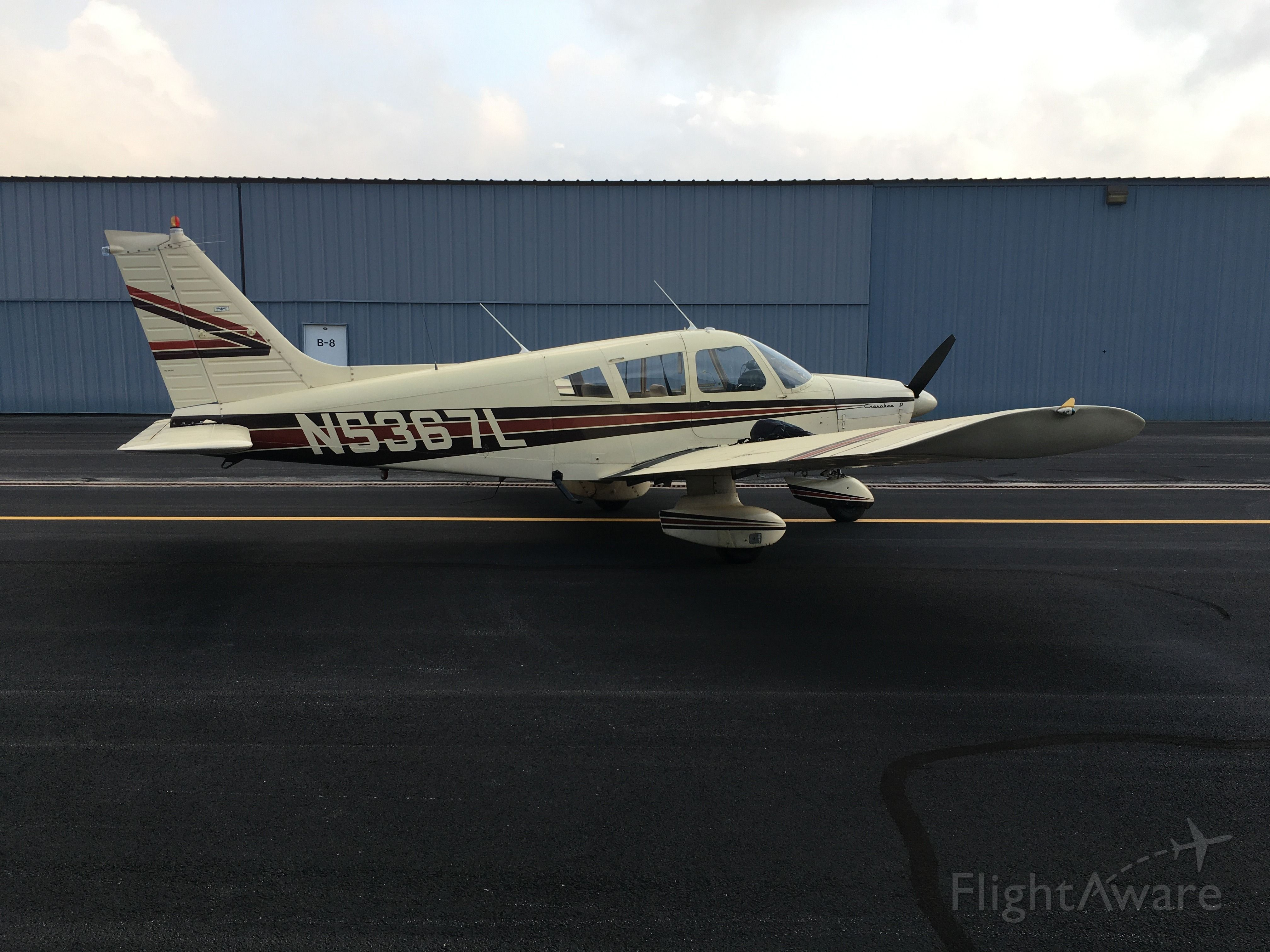 Piper Cherokee (N5367L)
