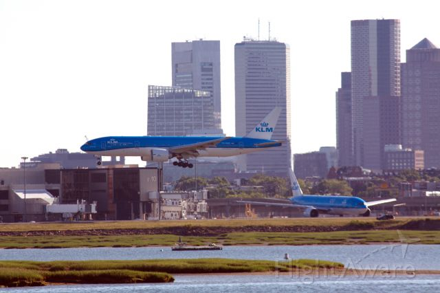 Boeing 777-200 (PH-BQE) - 2 KLM's are better than one :) PH-BQE arriving 15R while PH-BQO prepares to depart back to AMS on 6/17/20.