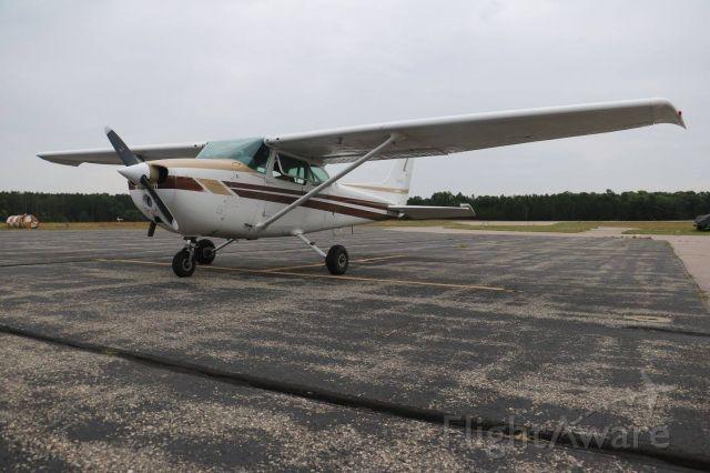 Cessna Skyhawk (N9002E) - EAA Chapter 931, Young Eagles Rally