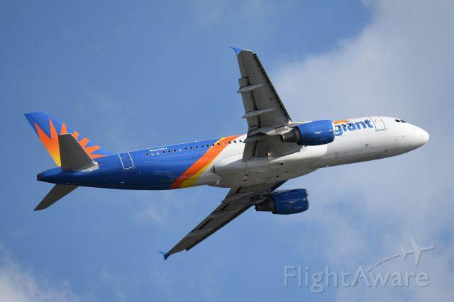 Airbus A320 (N233NV)