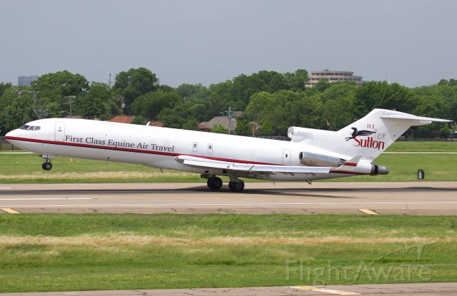 """BOEING 727-200 (N725CK) - The quite unique """"Air Horse One"""" operated by Kalitta on behalf of H.T. Tex Sutton equine air travel departing Dallas Love Field. Absolutely love the 727, such a treat to see one still alive and well. This trijet was originally delivered to Continental in 1981. (view in """"full"""" for highest image quality)"""