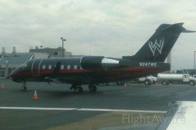 Canadair Challenger (N247WE) - WWE Challenger 600
