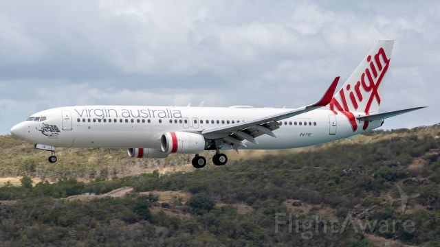 Boeing 737-800 (VH-YIE)