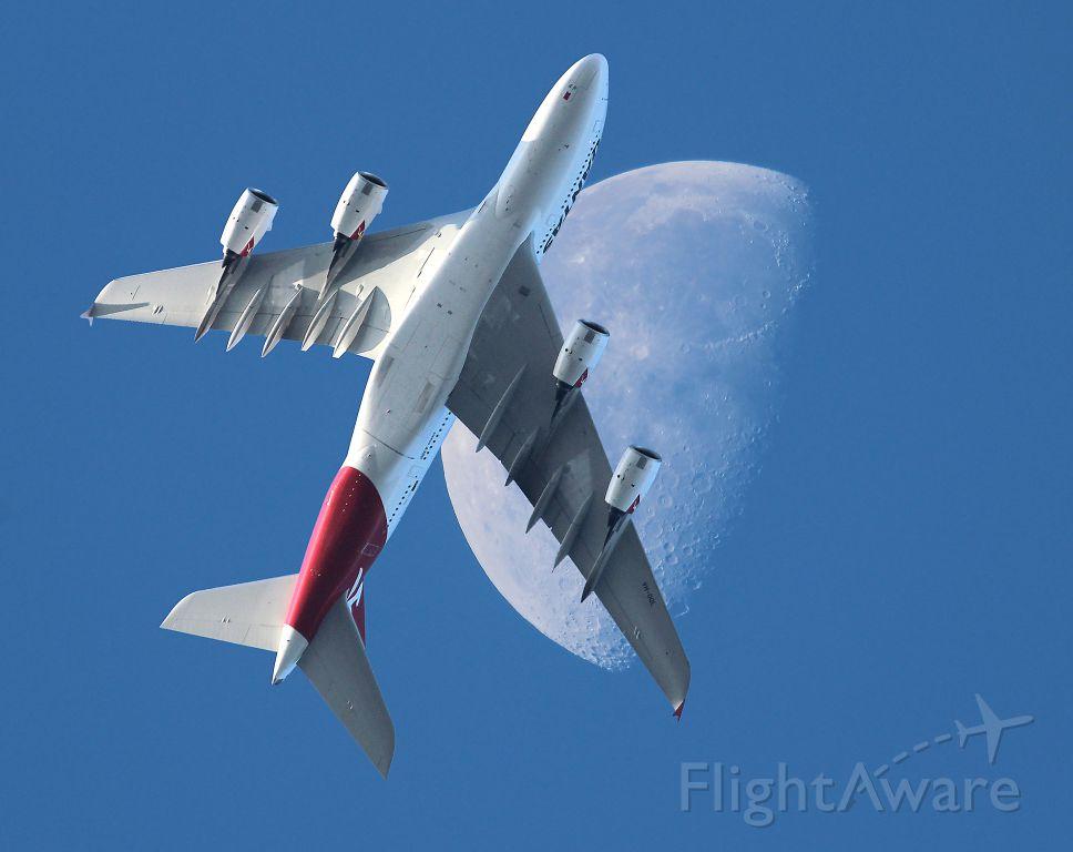 Airbus A380-800 (VH-OQL)