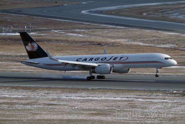 Boeing 757-200 (C-GVAJ)