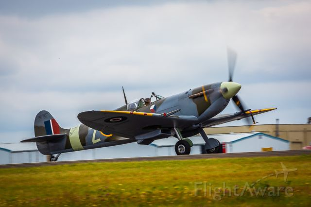 SUPERMARINE Spitfire (AR614) - Cloudy day sortie complete.
