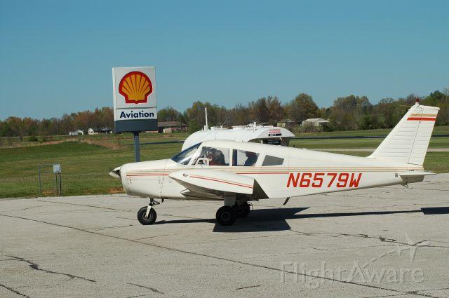 Piper Cherokee (N6579W)