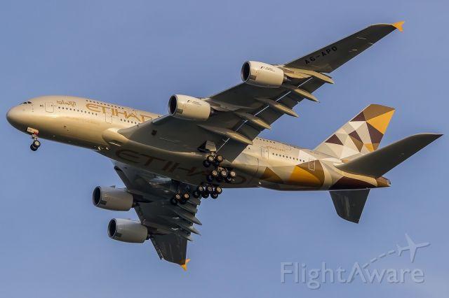 Airbus A380-800 (A6-APD)