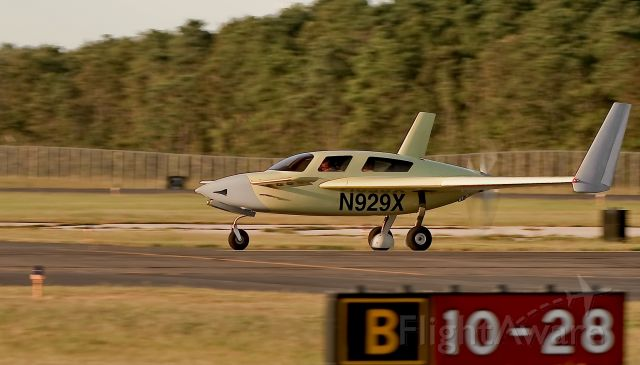 VELOCITY Velocity (N929X) - Takeoff 28