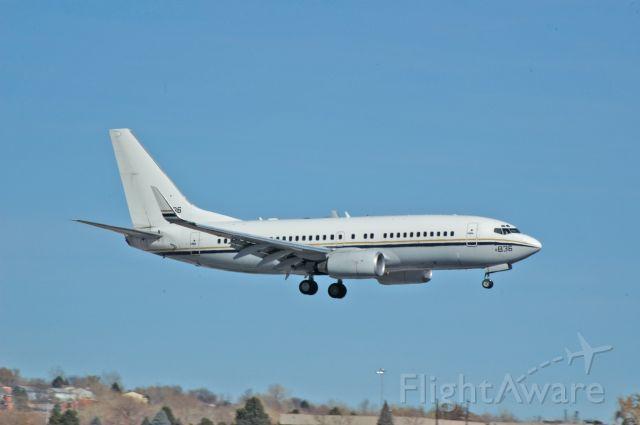Boeing 737-700 (USNAVY)