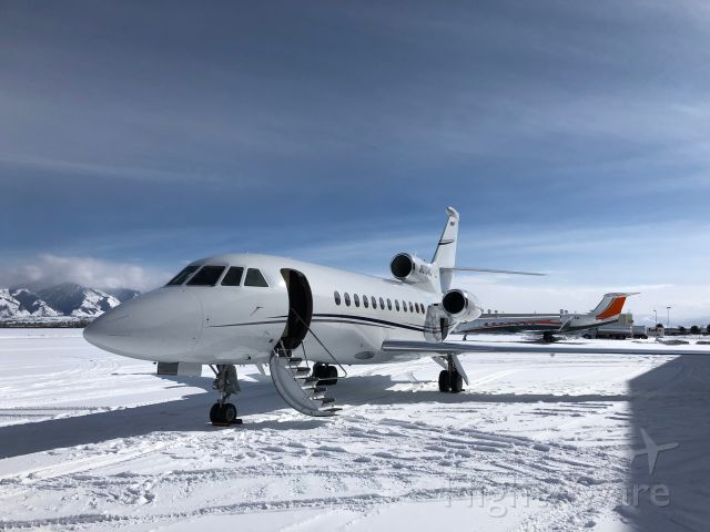 Dassault Falcon 900 (N615HC) - Standing proudly in -6°F and several inches of snow on the ramp in Bozeman, MT.