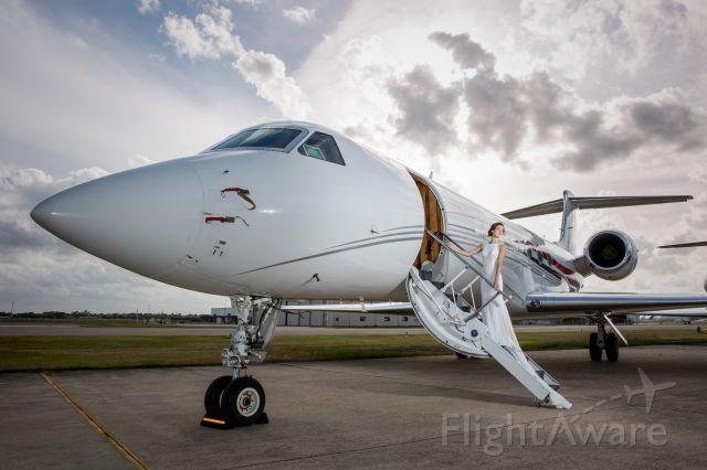 Gulfstream Aerospace Gulfstream V — - Courtesy Genovese Ashford Studios (a rel=nofollow href=http://genovese-ashford.com/http://genovese-ashford.com//a) and Wing Aviation (a rel=nofollow href=http://www.wingaviation.com/http://www.wingaviation.com//a)