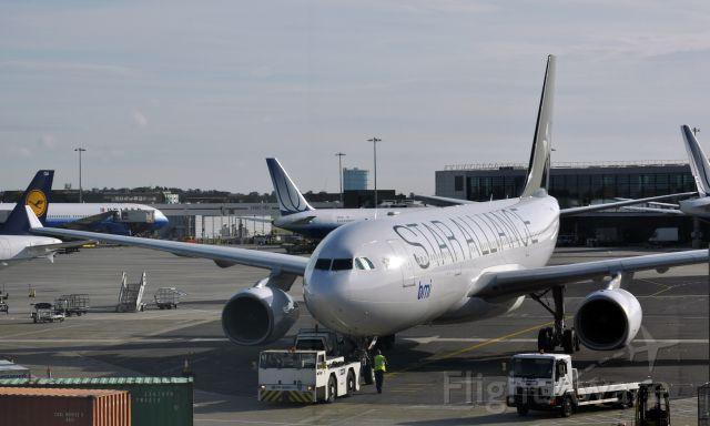 Airbus A330-200 (G-WWBM) - BMI Airbus A330-243 G-WWBM in London Heathrow