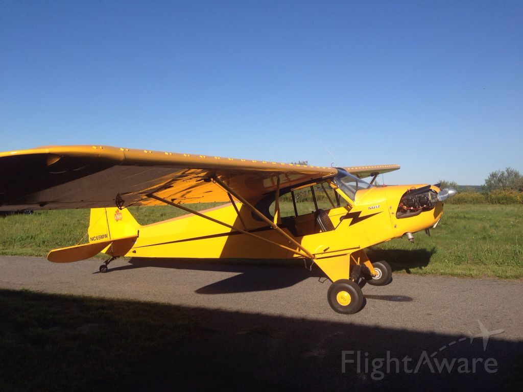Piper NE Cub (N65MW) - On the taxiway, Woodstock, Airport.