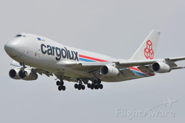 Boeing 747-400 (LX-RCV) - Boeing 747-4R7F Cargolux